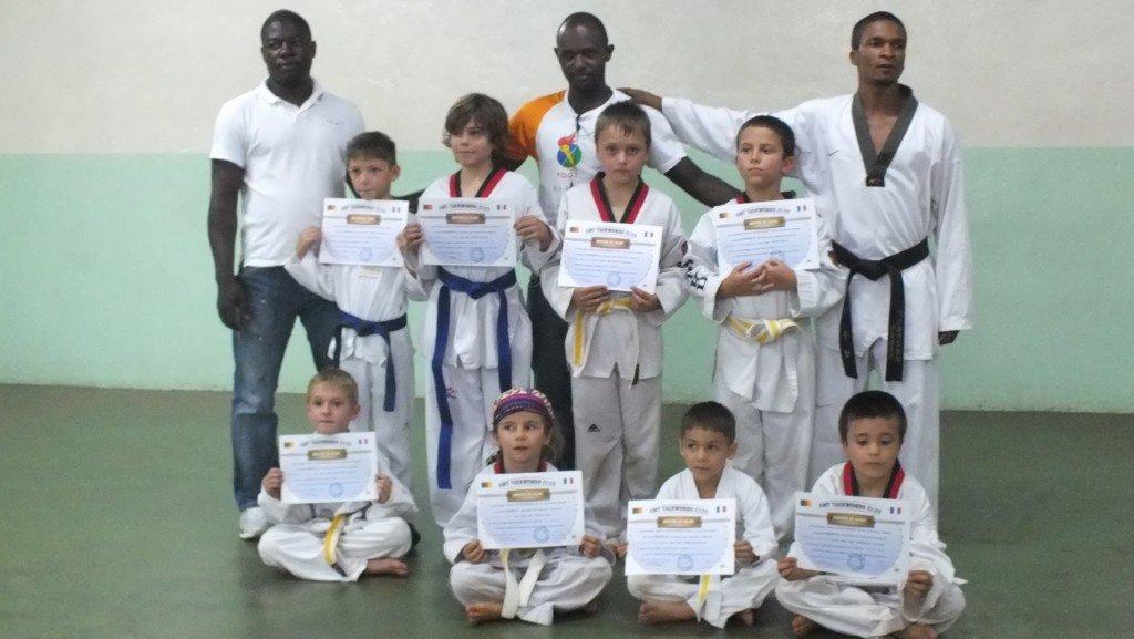 Le club de TAEKWONDO dans Arts martiaux dscf3648